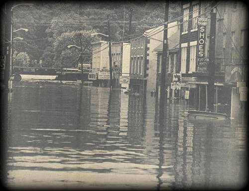 Ellicott City flood photo